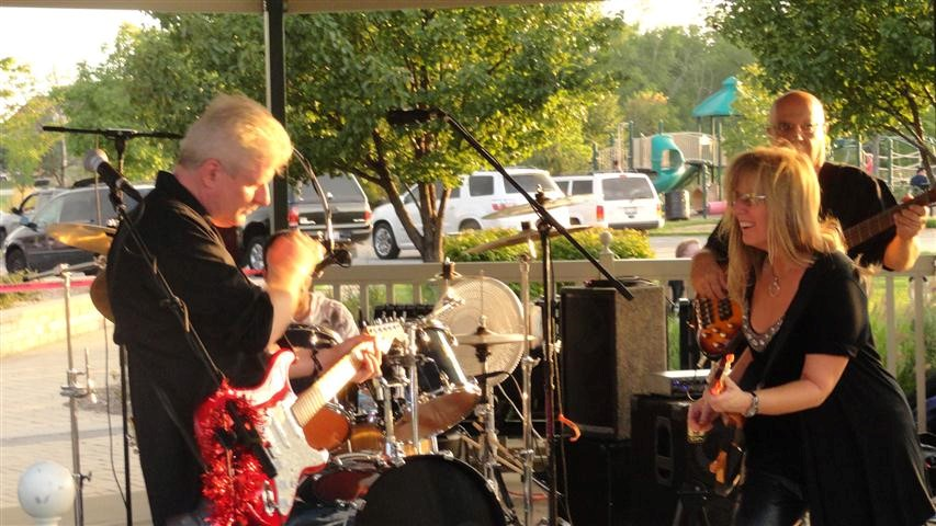 Hawthorn Woods Summer Concert Series